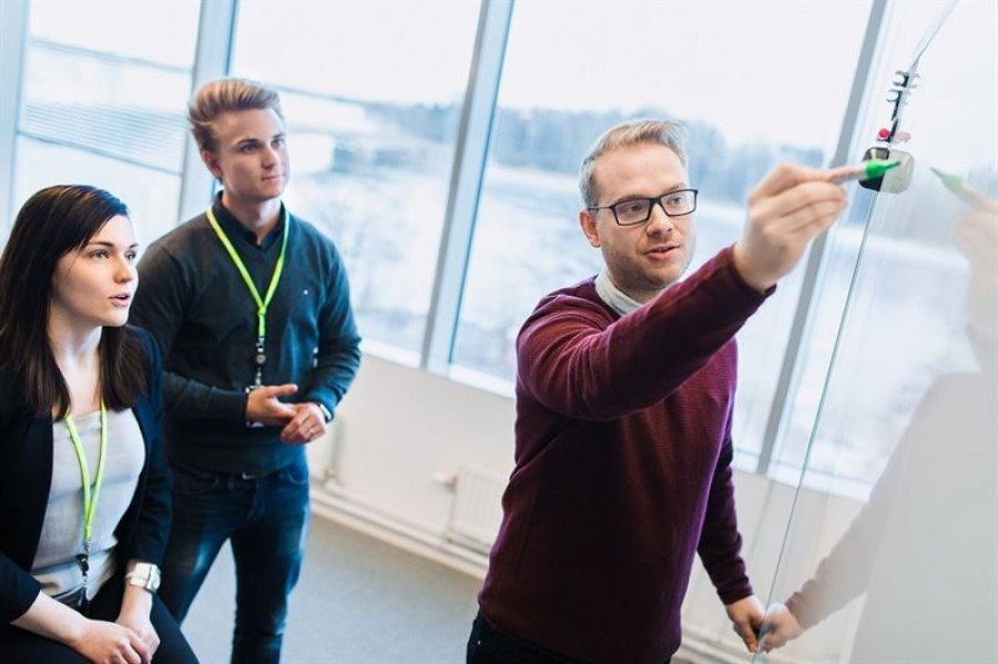 Neste and Åbo Akademi University team up to enhance Finnish chemicals expertise