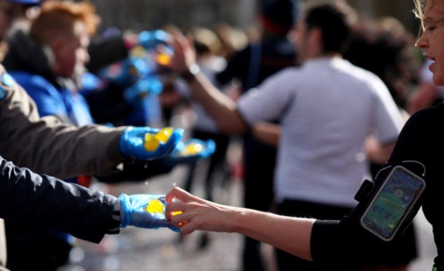 Largest trial of Ooho seaweed-based packaging planned for London Marathon