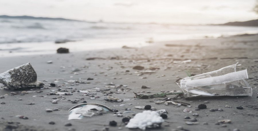 World Bank bonds highlight the challenge of plastic waste in oceans