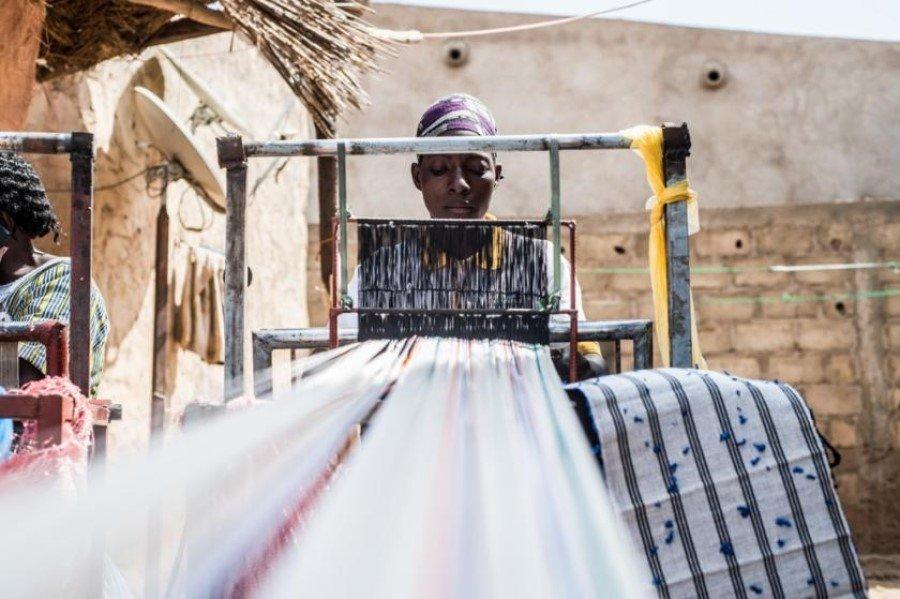 Weaving a brighter future for plastic in Burkina Faso