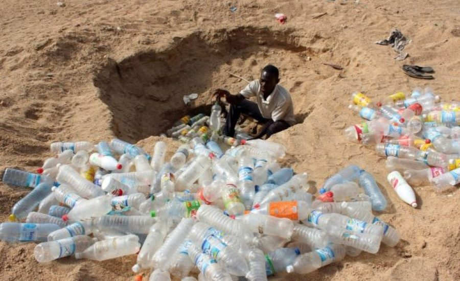 How can the plastic waste crisis be solved in Africa?